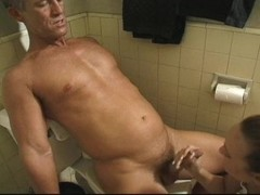 Bathroom blowjob Thumb