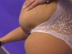 Chubby MILF from PlumpersAndBW pussy sprinkled with cum Thumb